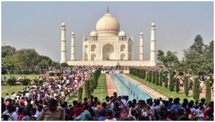 თაჯ მაჰალი ტურისტებისთვის გაიხსნა!