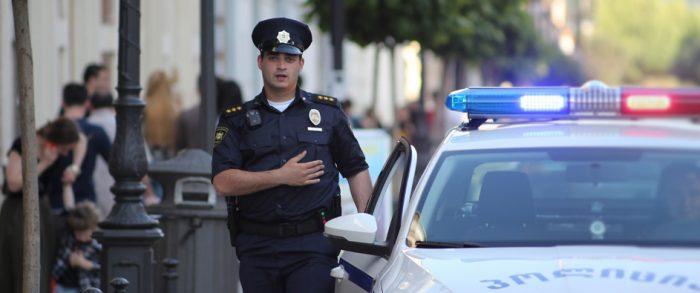 საპატრულო პოლიცია მეტროსადგურებთან, ვირუსის გავრცელების პრევენციის მიზნით, მონიტორინგს აგრძელებს