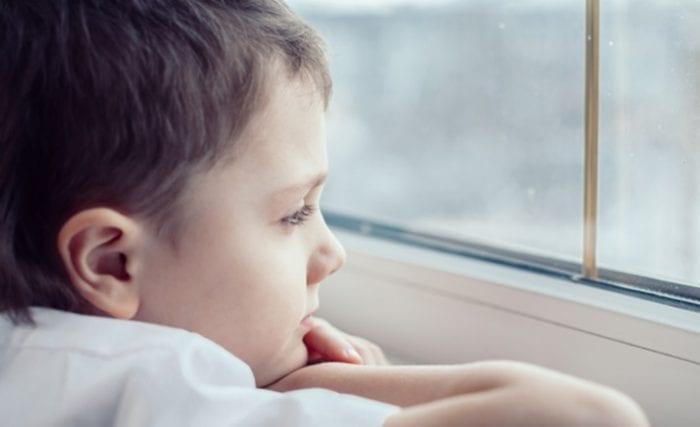 ბრიტანეთში გრძელვადიანი კოვიდის შემთხვევების რაოდენობა ბავშვებში შეშფოთებას იწვევს